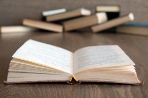 自費出版の奥付はどうする?書き方や必要事項について