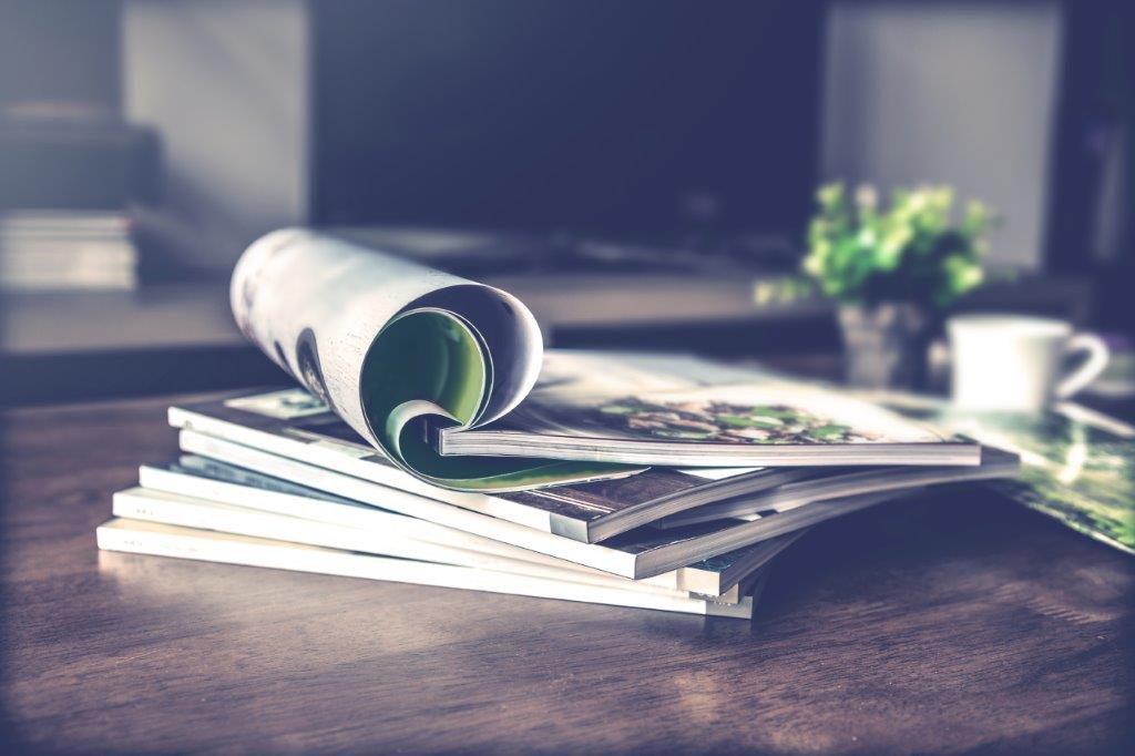 自費出版における契約書の目的と必要性