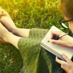 「タイトル」と「書き出し」が自分史の決め手!自分らしさを表現するコツとは